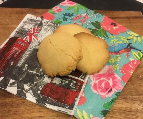 材料4つ!サクサククッキー